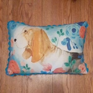 """The Pioneer Woman """"hound dog"""" pillow"""